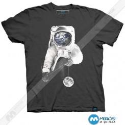 تیشرت طرح astronaut